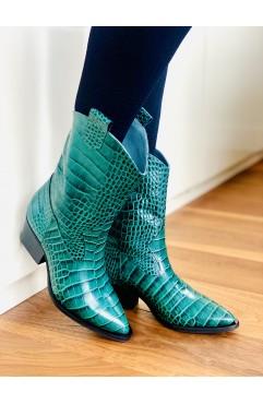 Sofia Emerald cowboy boots