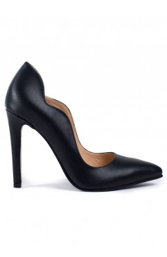 Black Aria Pumps
