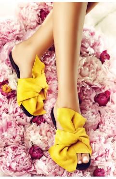 Papuci dama din piele naturala Sonia Galbeni