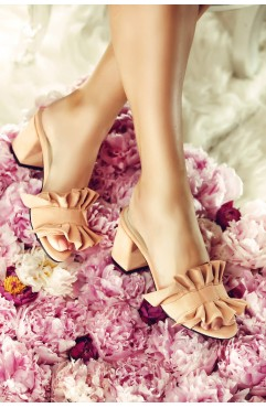 Frills  nude Slippers