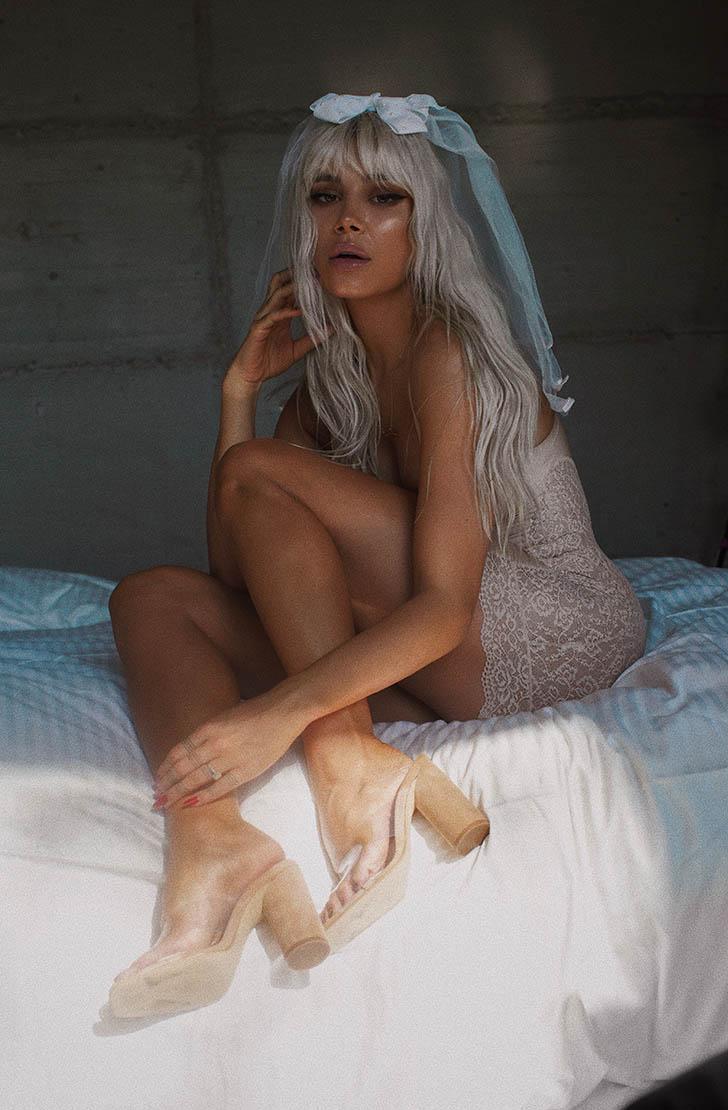Saboti dama  din piele naturala nude INVISIHEELS