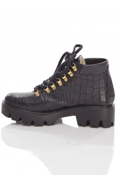 Mara boots with thick sole