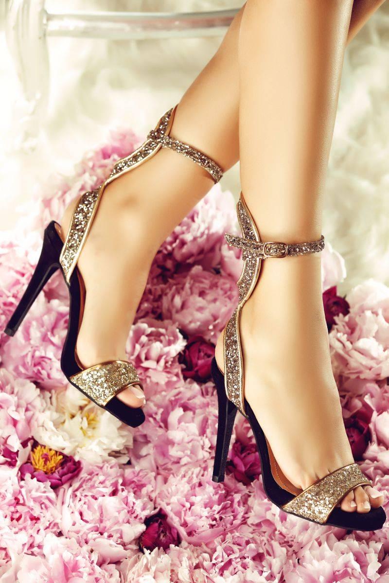 sandale cu toc si glitter pentru revelion